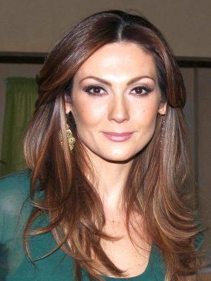 Нора Салинас