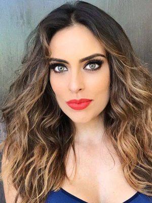 Сара Корралес