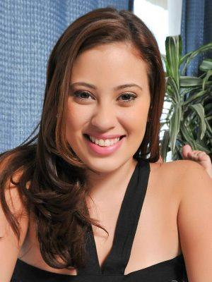 Селена Кастро
