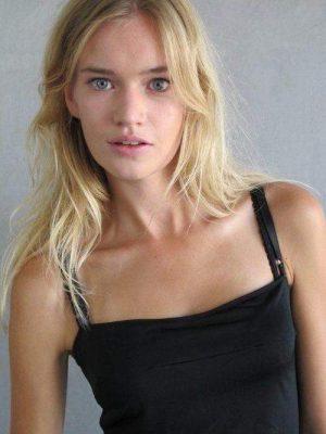 Элианна Смит